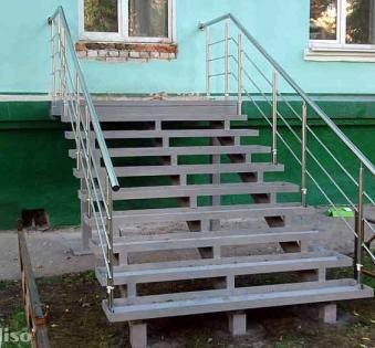 Уличная лестница №12
