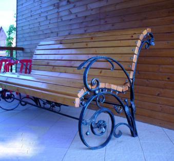Кованые скамейки и мебель №16