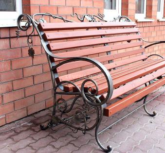 Кованые скамейки и мебель №70
